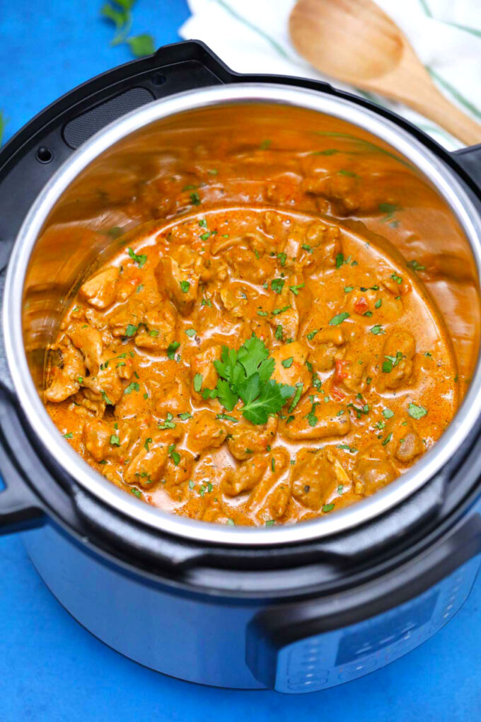 Photo of pressure cooker chicken tikka masala.