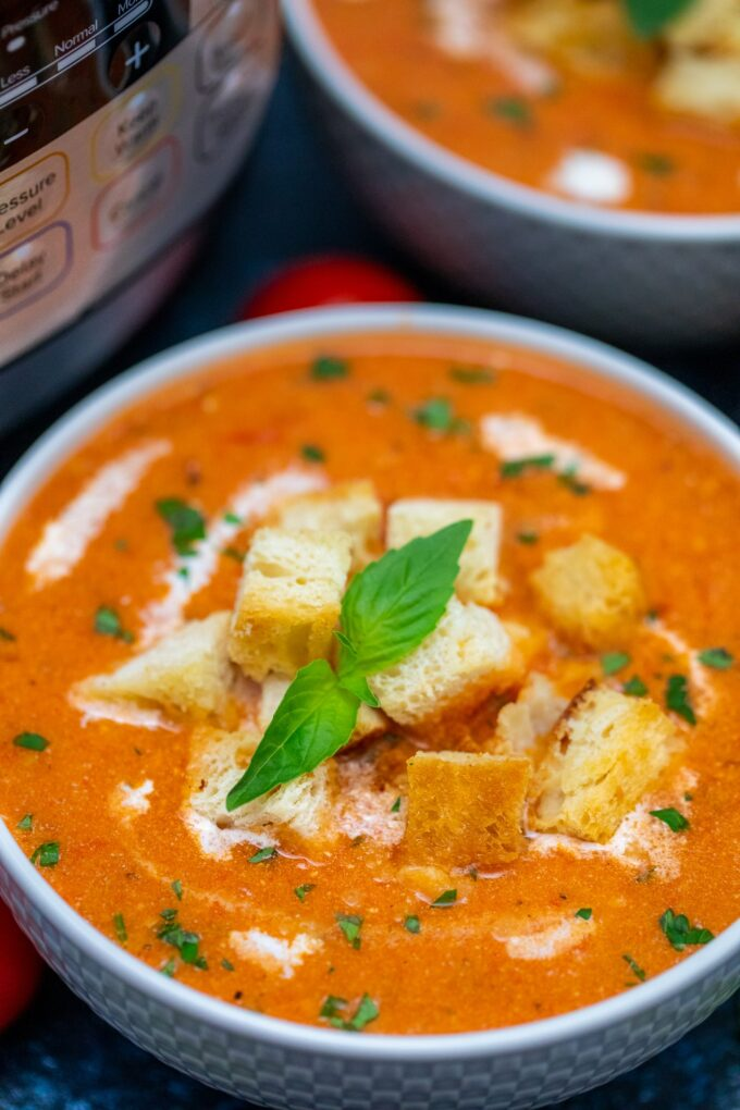 Instant Pot Tomato Bisque is so easy to prepare - the best when you are in a hurry. #instantpot #pressurecookes #instantpotrecipes #sweetandsavorymeals #souprecipes #tomatobisque