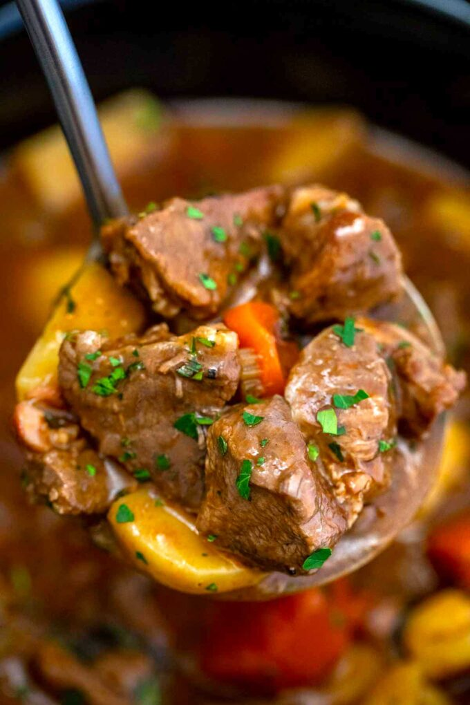 image of slow cooker Guinness beef stew close