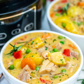 photo of slow cooker chicken stew in a bowl