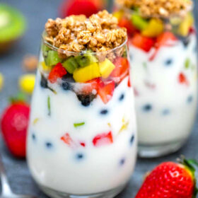 image of yogurt parfaits and fruits