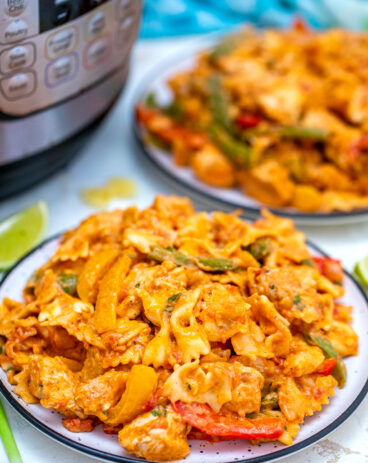 Instant Pot Chicken Fajita Pasta
