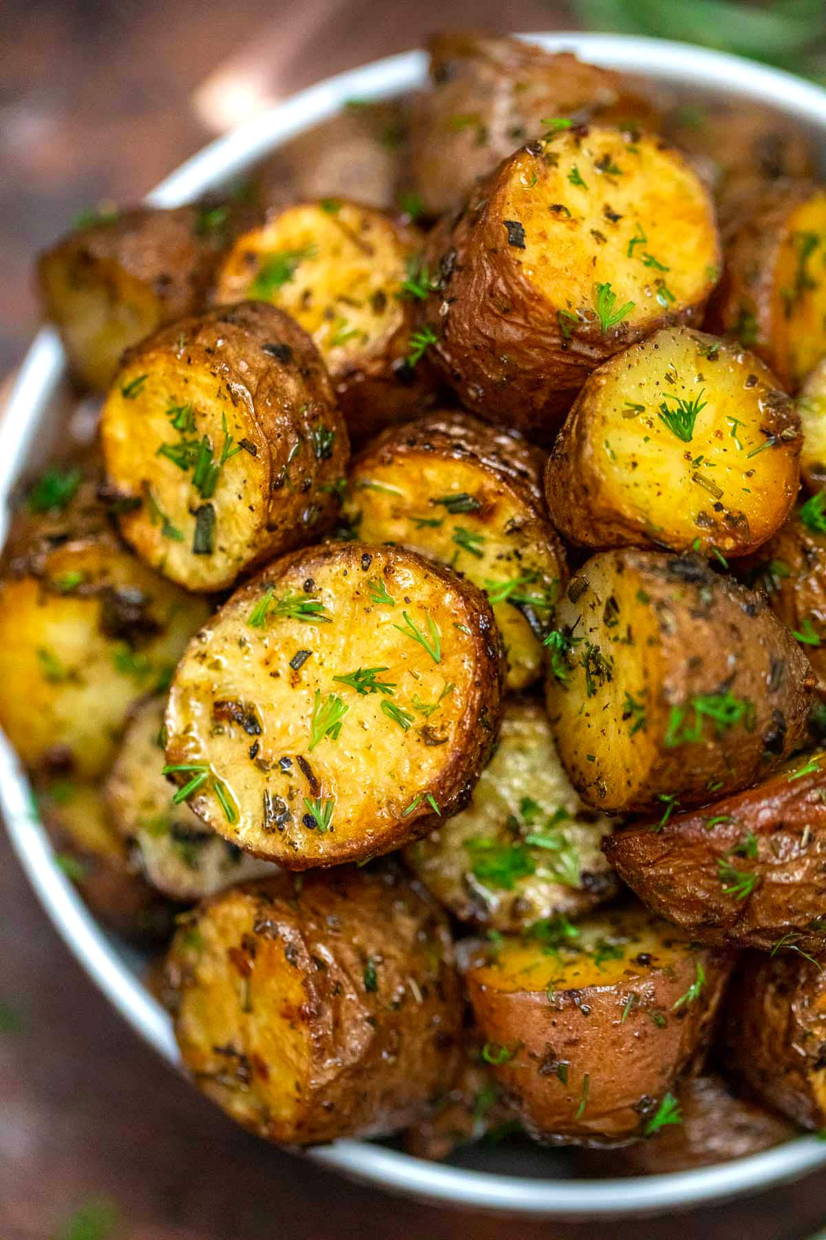 Oven Roasted Baby Red Potatoes Video Sweet And Savory Meals