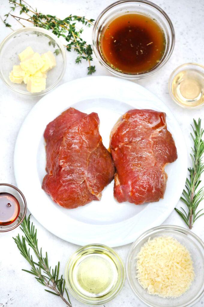 Image of pan seared steak ingredients.