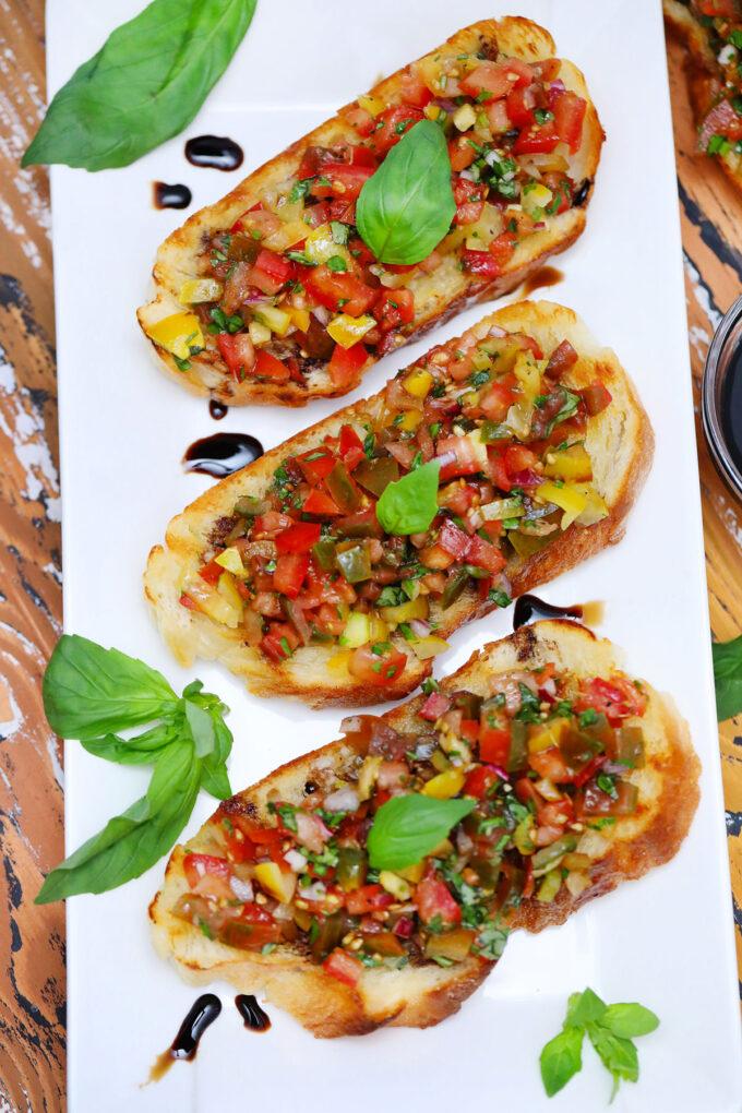 Picture of tomato bruschetta slices.