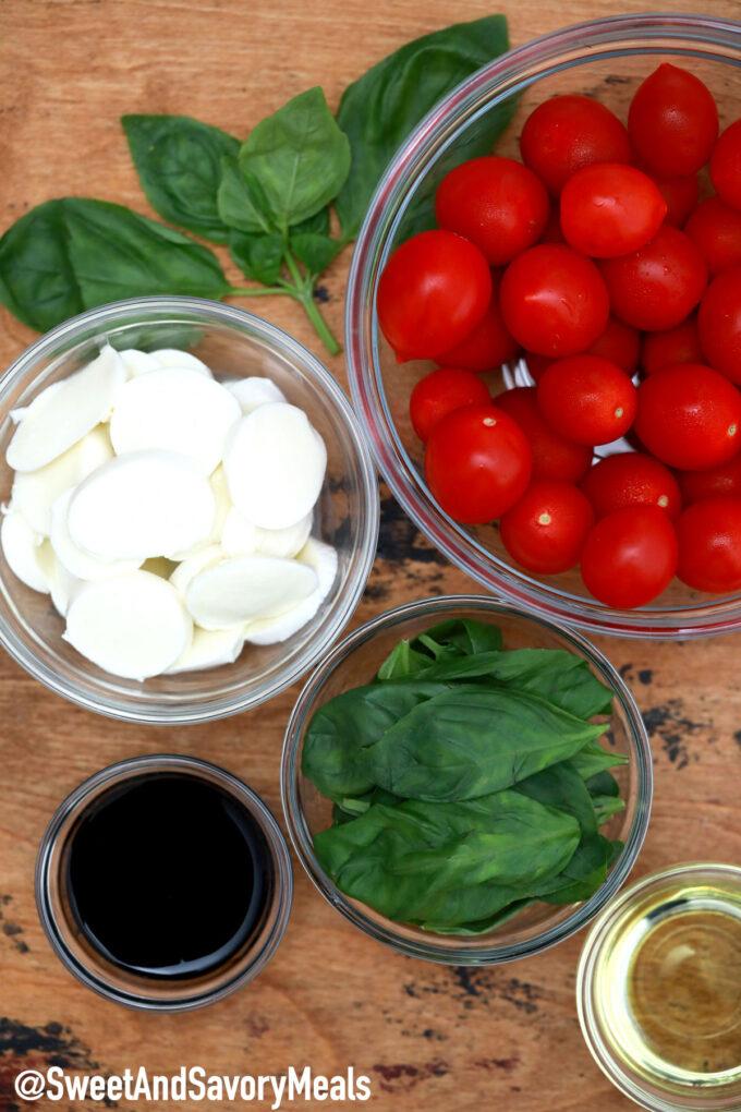 Image of caprese salad ingredients.