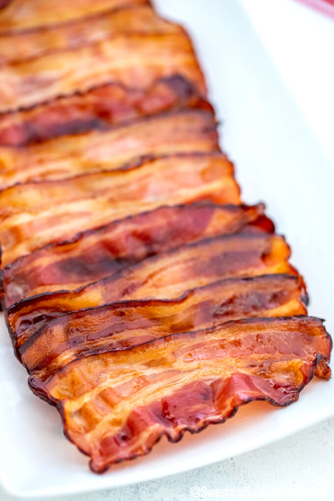 Image of crunchy bacon slices.