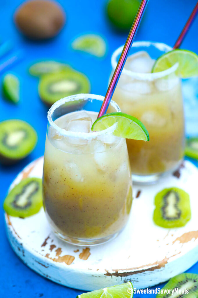 Picture of kiwi margarita.