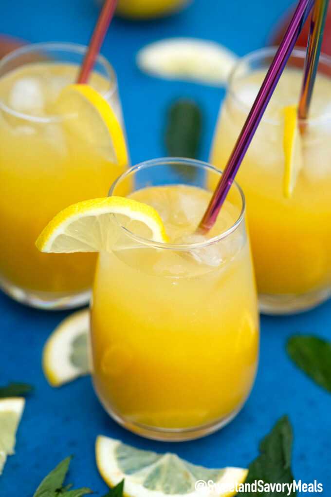 Image of mango lemonade.