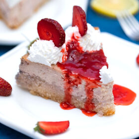 Low-Carb Keto Strawberry Cheesecake