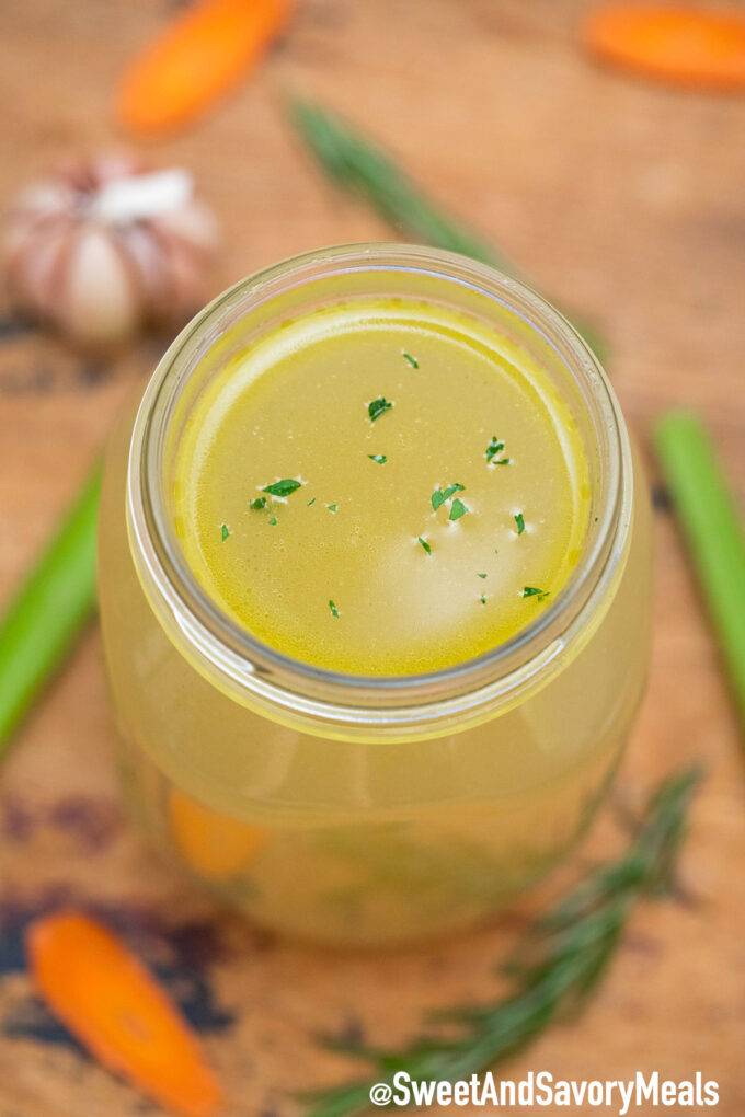 Image of chicken stock recipe.