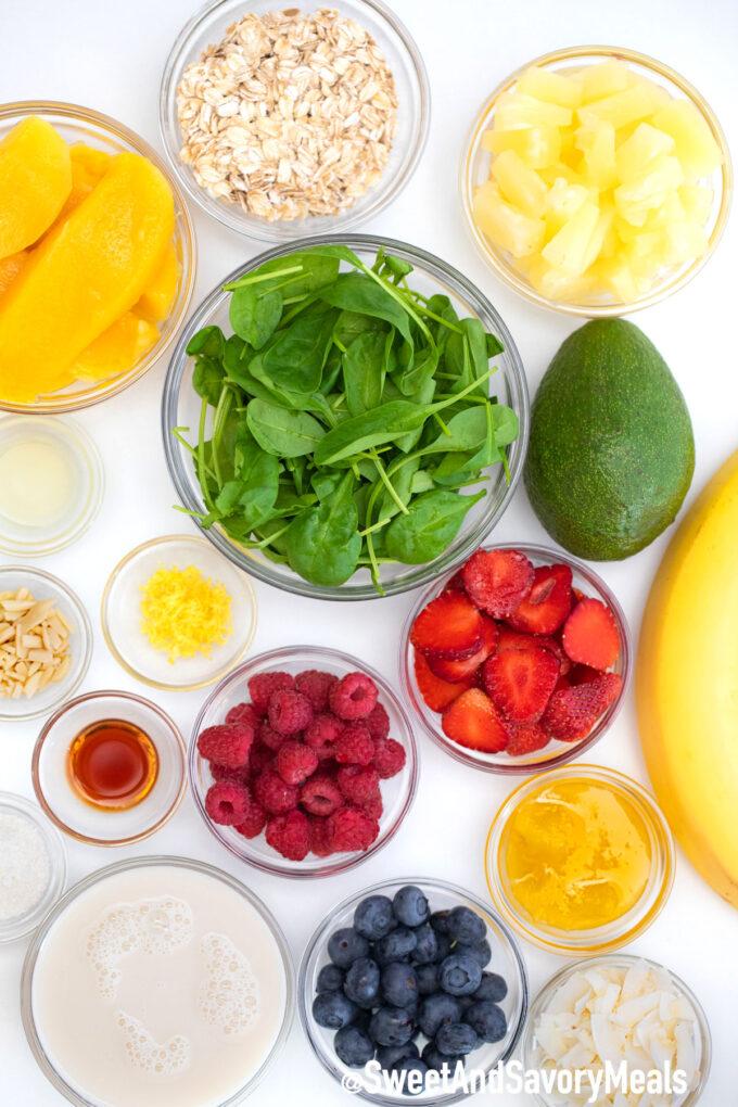 Green smoothie bowl ingredients.