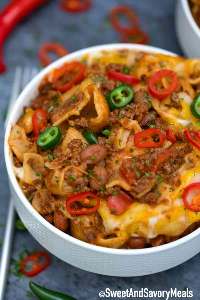 Chili Mac bowl with spicy peppers.