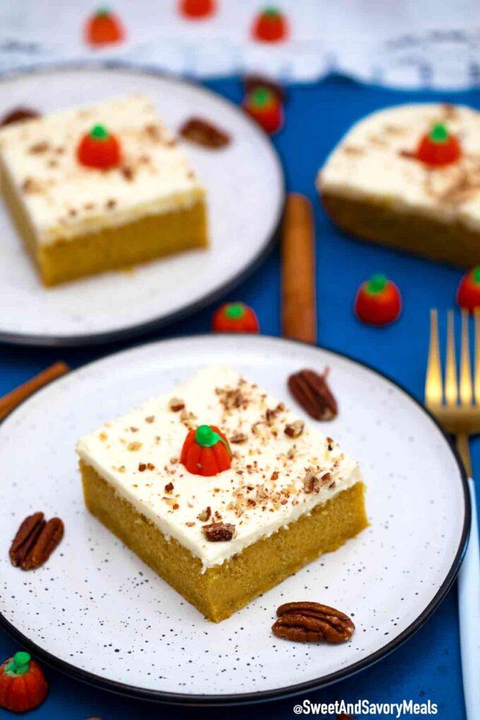 Pumpkin cake slice.
