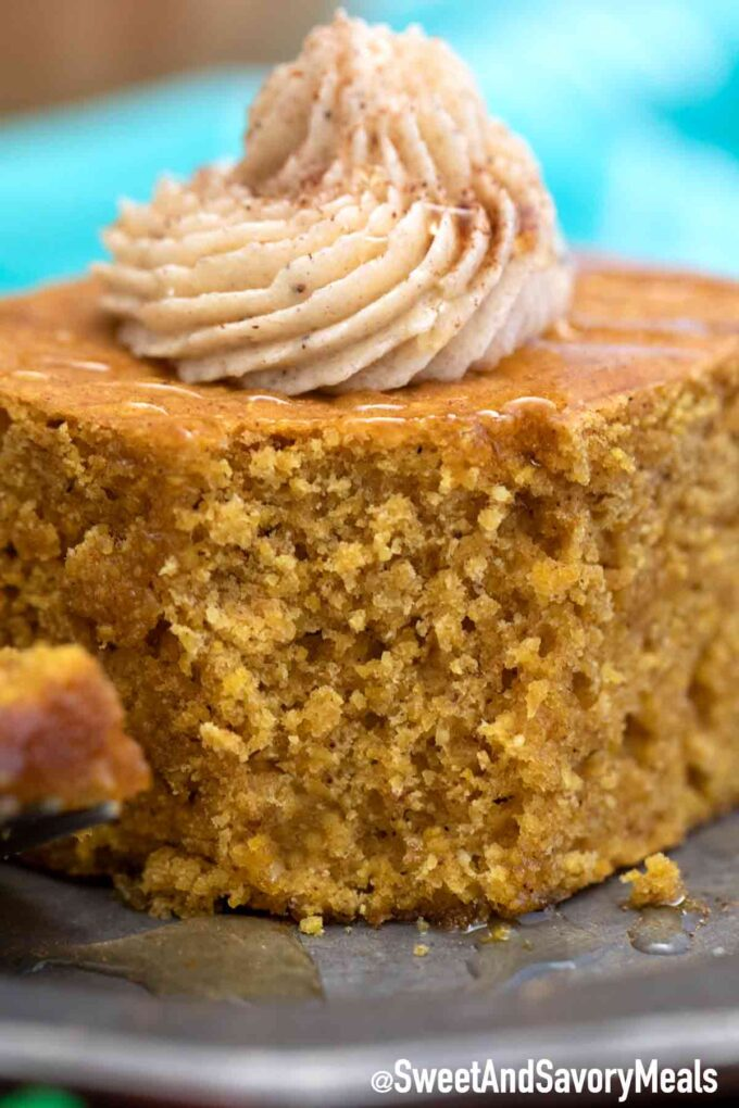 pumpkin cornbread with maple butter