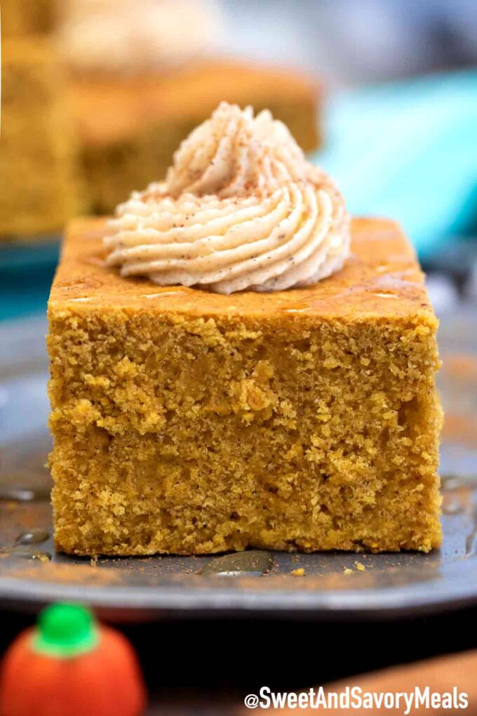 pumpkin cornbread with honey