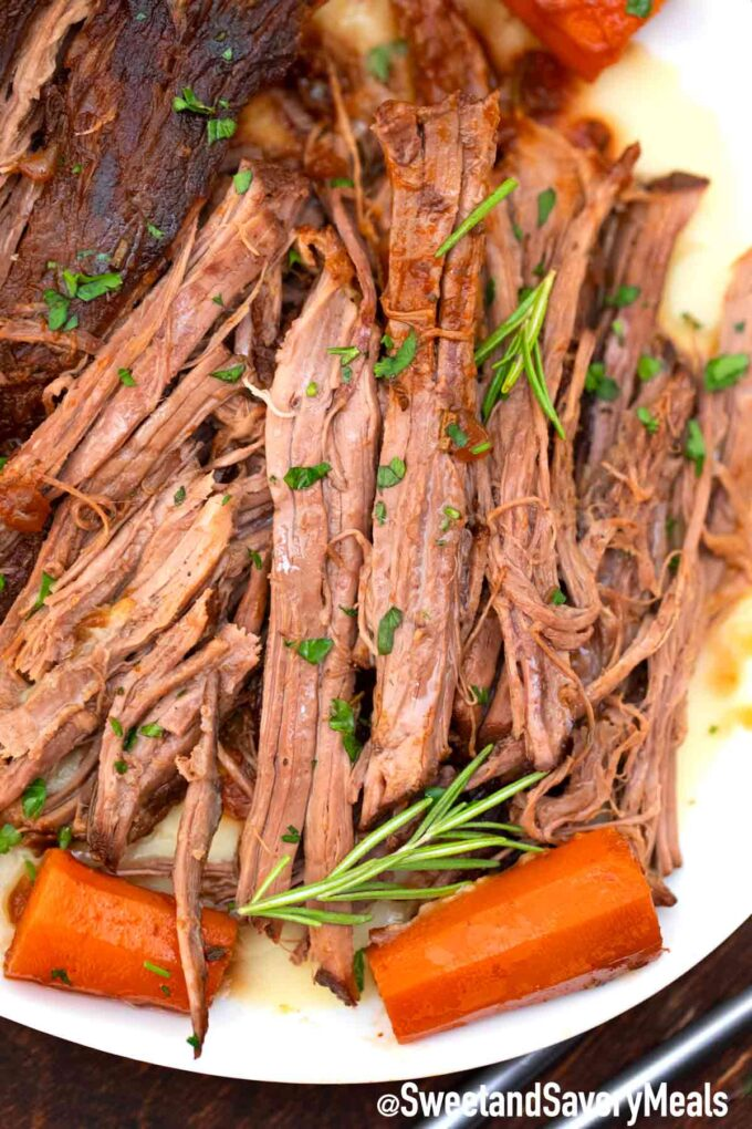 red wine pot roast with carrots