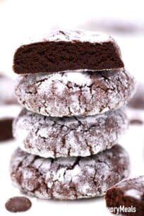 chocolate crinkle cookies interior