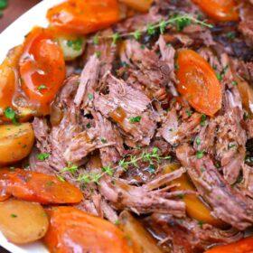 slow cooker pot roast with veggies