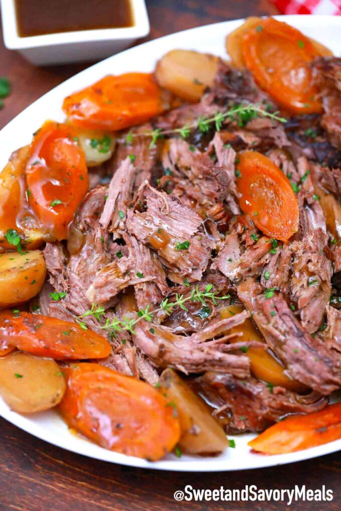 slow cooker red wine pot roast with veggies
