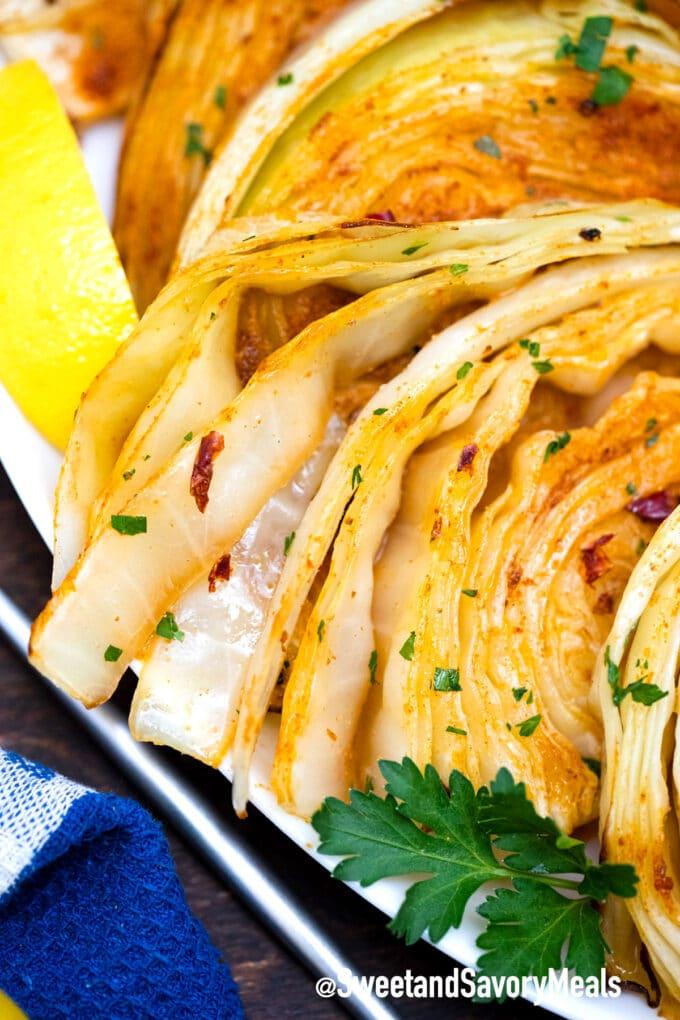 roasted cabbage with seasoning and lemon