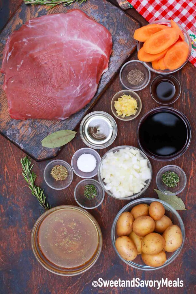 slow cooker red wine pot roast ingredients