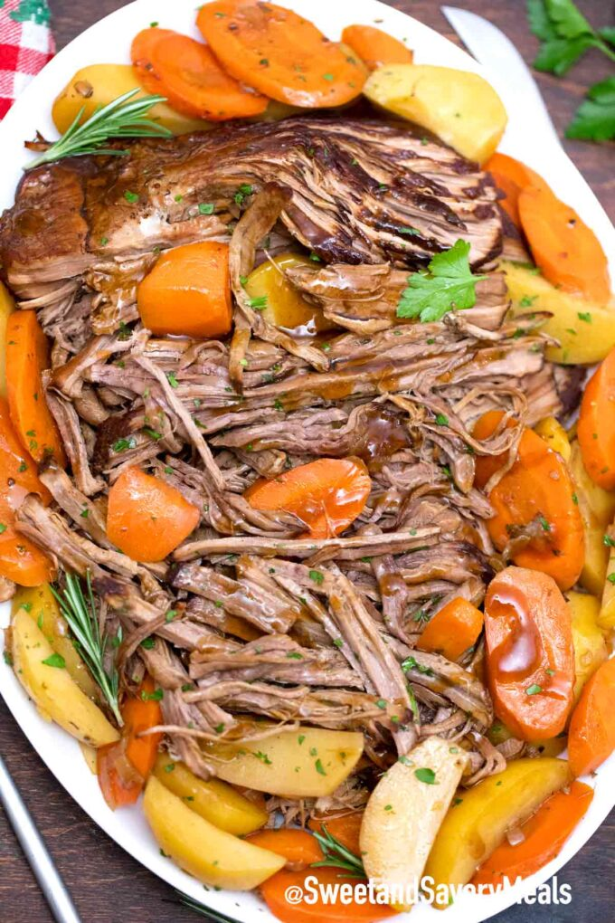 balsamic pot roast with carrots and potatoes