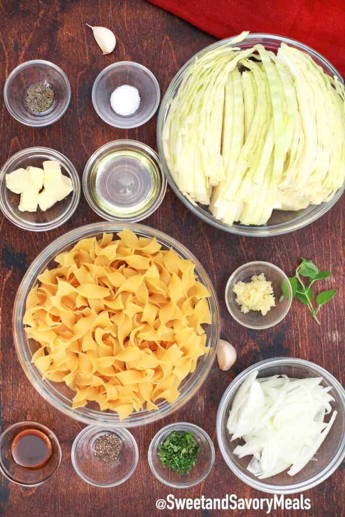 fried cabbage and noodles ingredients