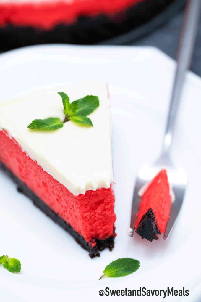 red velvet cheesecake with cream cheese frosting