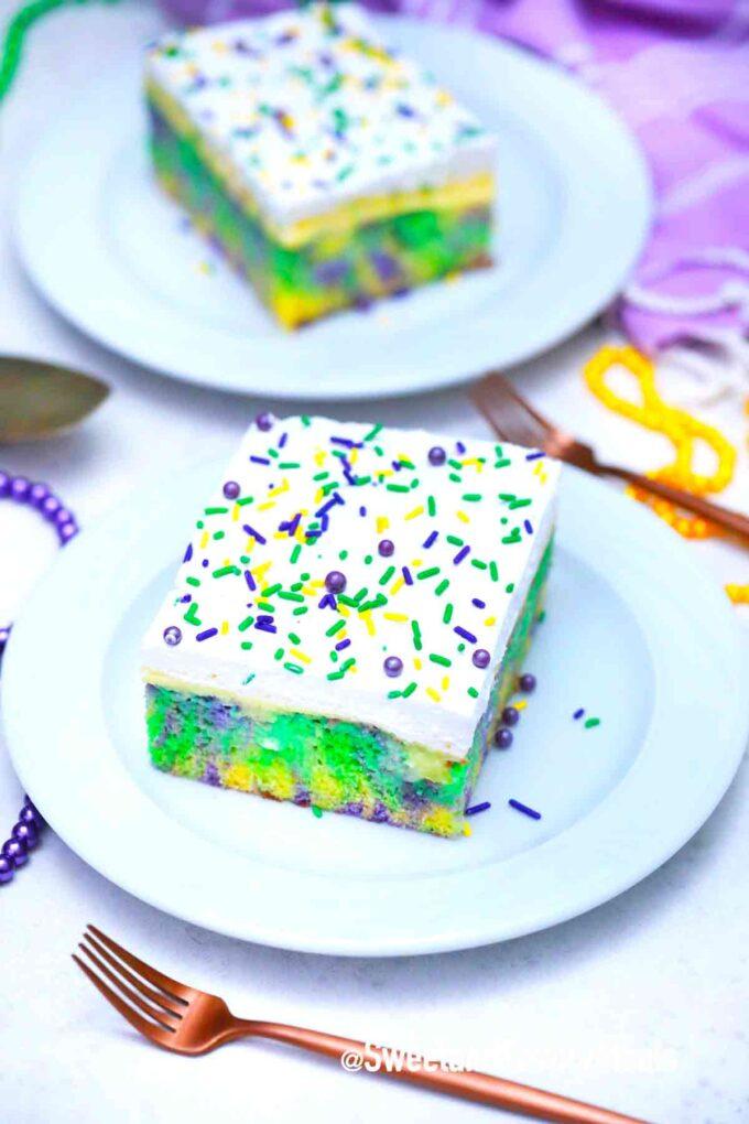 king cake poke cake slices