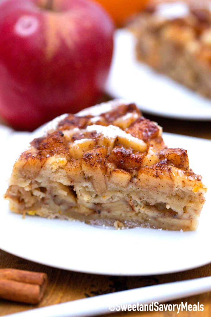 instant pot apple cake on a plate