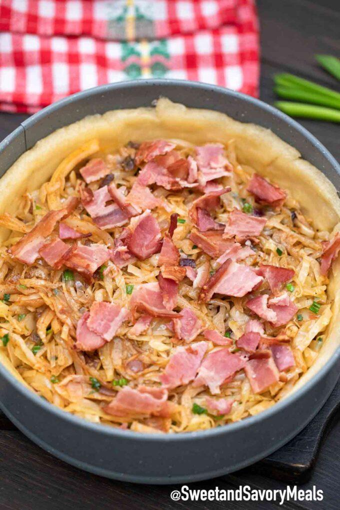 bacon cage quiche Loraine filling