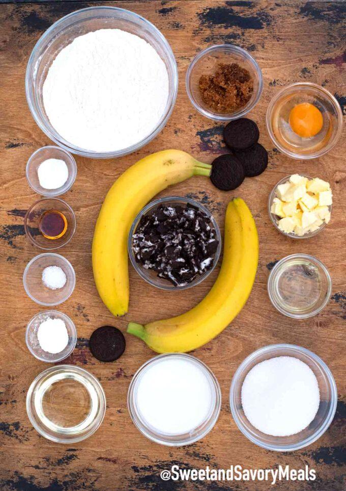 Oreo banana bread ingredients