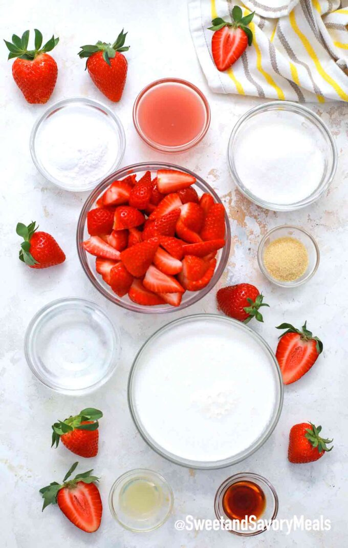 strawberry mousse ingredients
