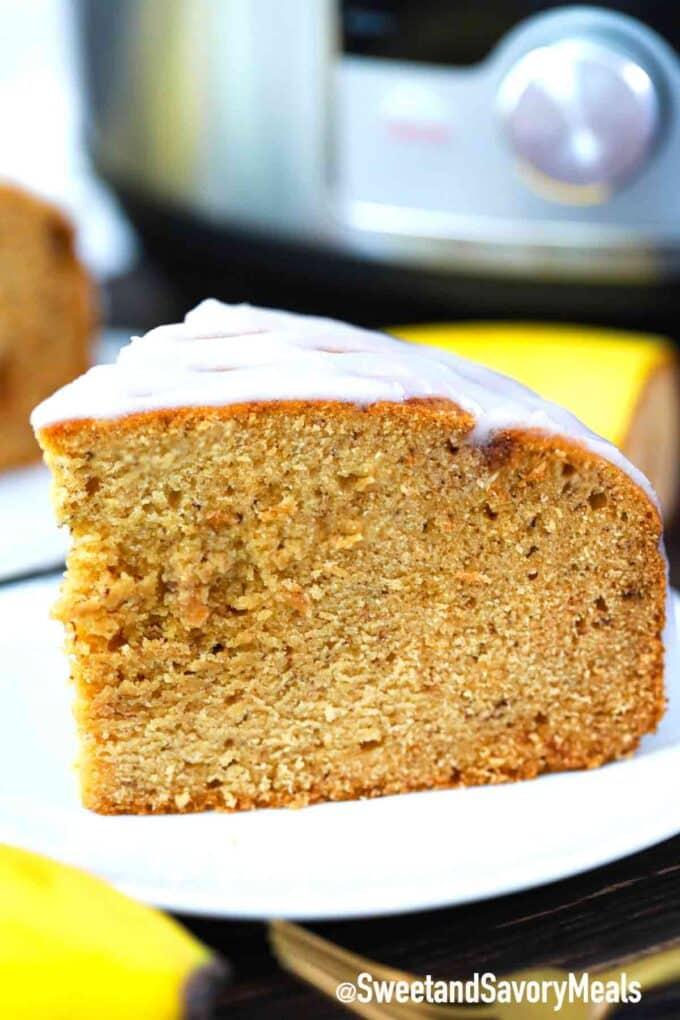 instant pot peanut butter banana bread slice