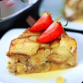 instant pot bread pudding slice