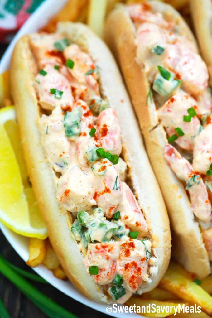 shrimp rolls with lemon on the side