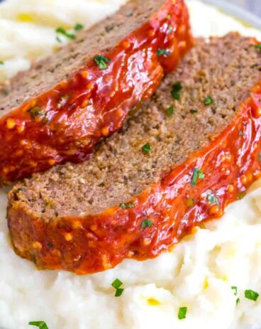 meatloaf with mashed potatoes