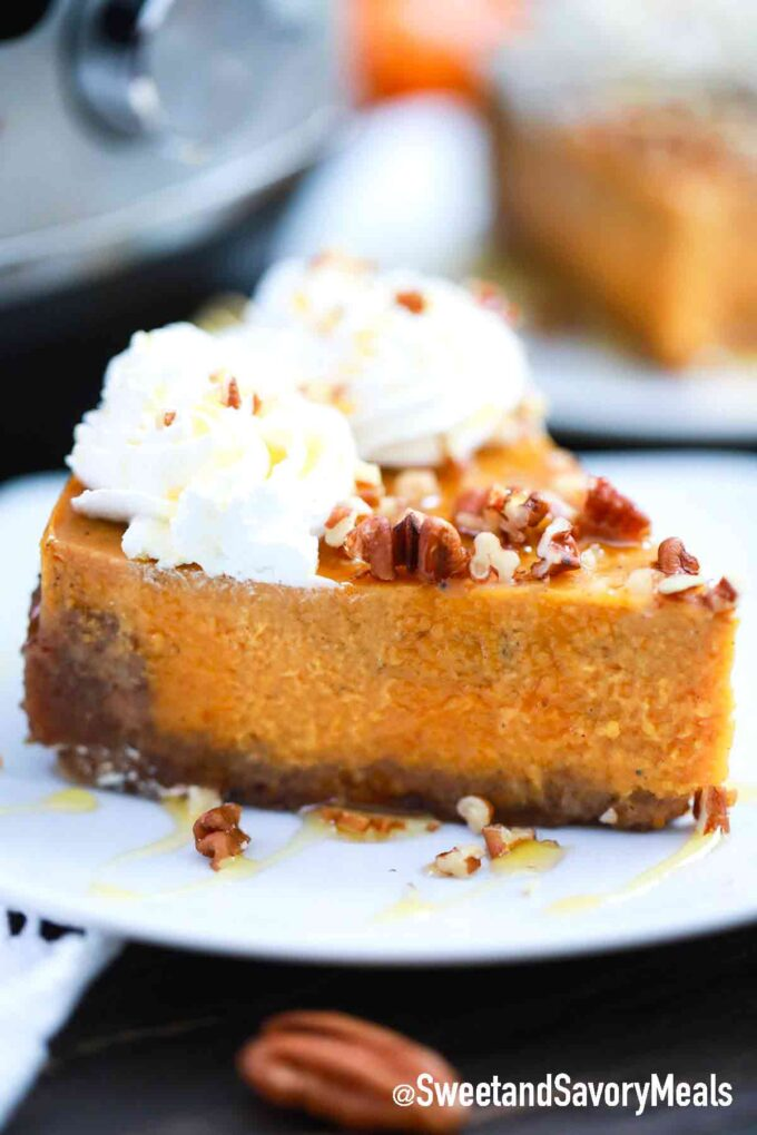 instant pot pumpkin pie slice