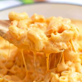 spoonful of cheesy pumpkin Mac and cheese